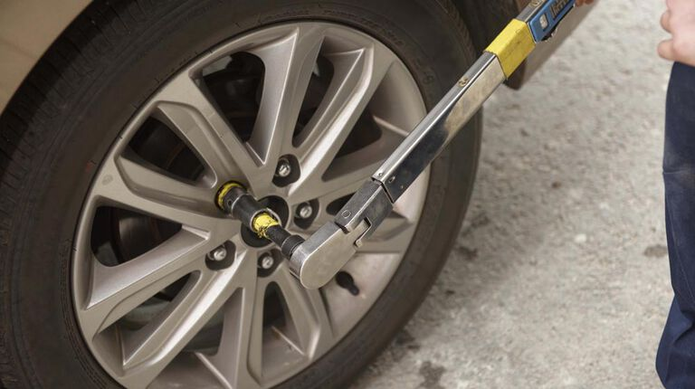 wheel torque check