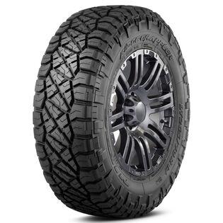 Nitto Ridge Grappler tire - angle