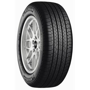 Michelin LATITUDE TOUR HP tire - angle