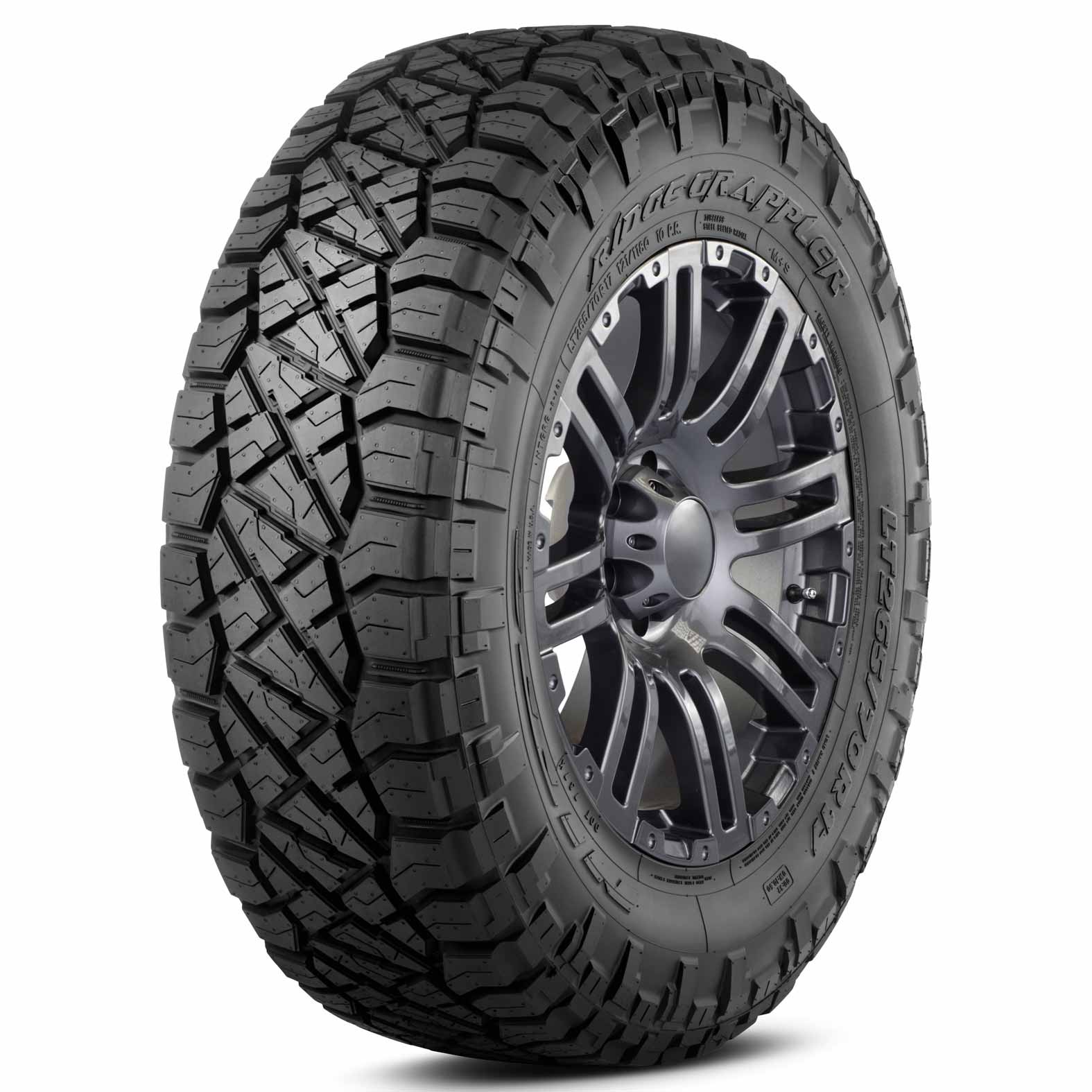 Nitto Ridge Grappler tire - angle